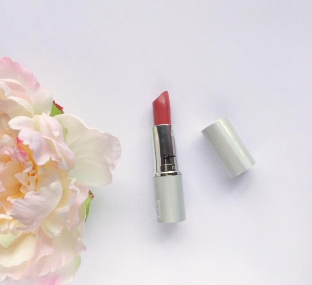It Cosmetics Lipstick | June 2017 Favorites